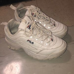 Size 6.5 Big Kids White FILAs (7.5 women's)